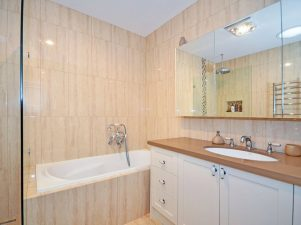 mgs-constructions-pty-ltd-bathroom-builders-interior