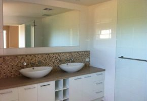 mgs-constructions-pty-ltd-white-bathroom-builders-with-glass